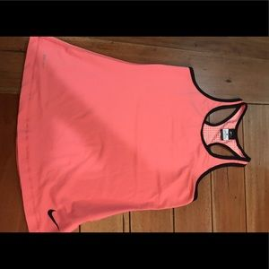 Women's Nike workout tank size M
